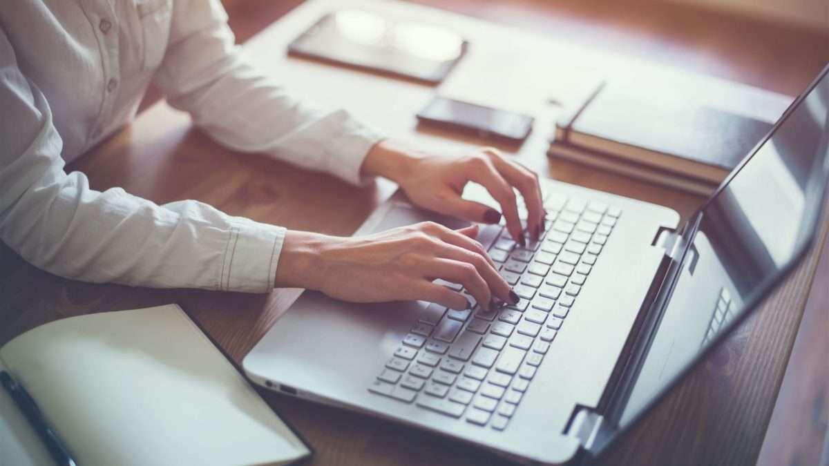 5 Rzeczy, które należy rozważyć przed wynajęciem autorów treści