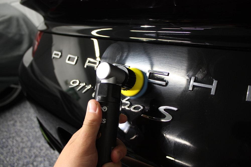 Ręczne polerowanie auta